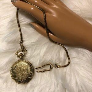 Men's Gold Tone Pocket Watch !!!